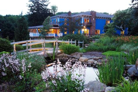 whispering pines bed and breakfast these 14 romantic spots in ohio are picture perfect for
