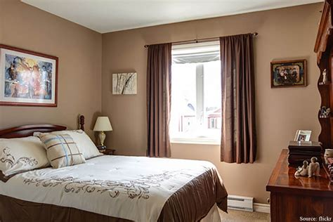 brown colour bedroom elegant vastu friendly bedrooms renomania