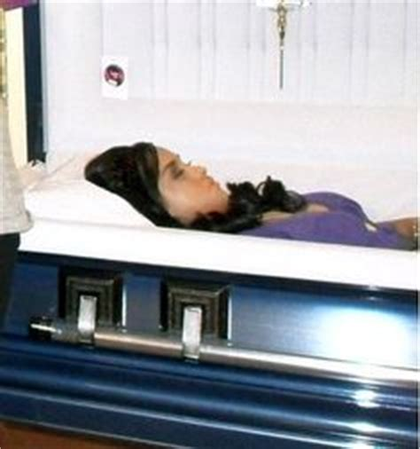 funerals open casket extreme parenting 9 outrageous 1000 images about monica kirsten ruiz mapile s open