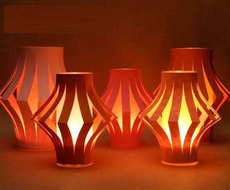 How To Make Paper Lantern Lights - 幼儿元旦手工 简易纸灯笼的制作方法 手工 亲亲宝贝网