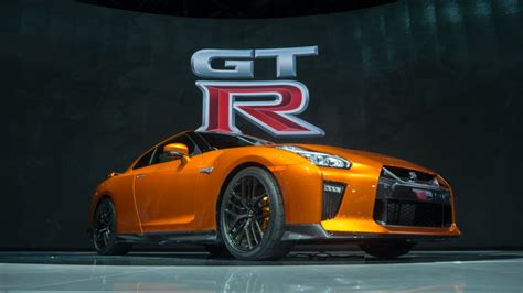 nissan godzilla 2016 the 2017 nissan gt r is godzilla redux ars technica