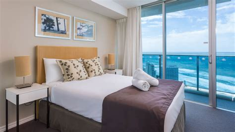 bedroom surfers paradise h residences level 28 ocean view holiday holiday