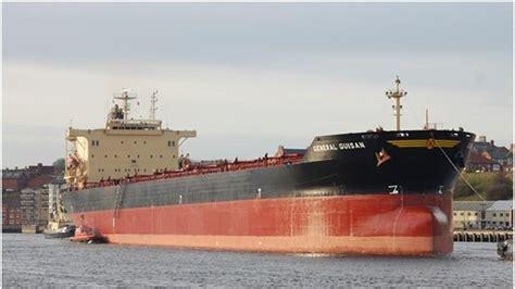capitaneria di porto di brindisi altra nave a rischio incendio fermata dalla capitaneria