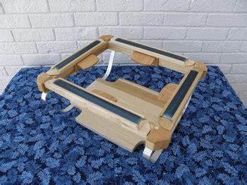 snapdragon rug hooking frame snapdragon rug hooking frames rugs ideas