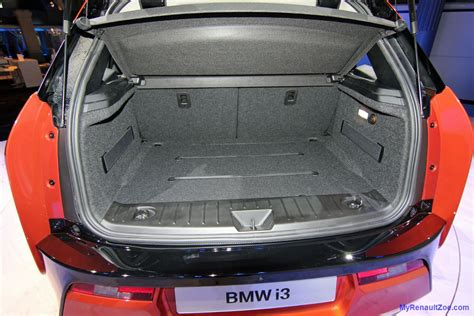 renault zoe boot space attending the bmw i3 launch my renault zoe electric car