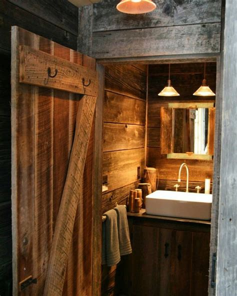 Log Cabin Bathroom by 1000 Ideas About Log Cabin Bathrooms On Cabin Bathrooms Log Cabins And Cabin