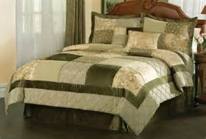green garden comforter sets in queen and king