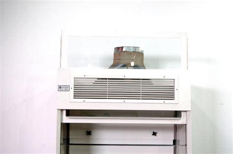 hanson lab laboratory fume hoods 246 h009
