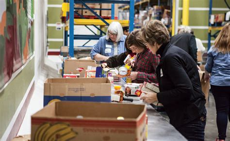 Food Pantry Rock by 4 Ways The Whole Family Can Give Back This Season