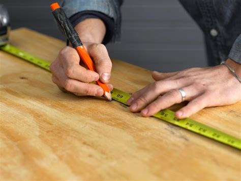 Frame Wanita Marc Fullset 1 canvas headboard with nail trim hgtv