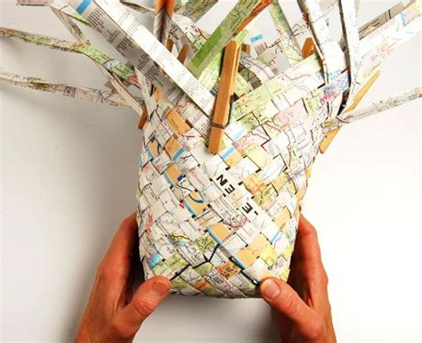 How To Make A Paper Weave Basket - weave a road map basket paper weaving be cool and newspaper