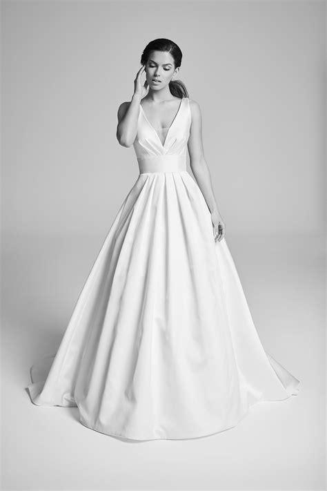 Corbel Dress epoque collection 2018 suzanne neville