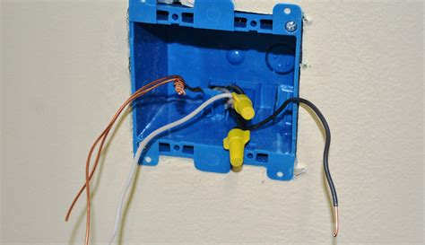 converting a 2 socket outlet to 4 sockets pro construction