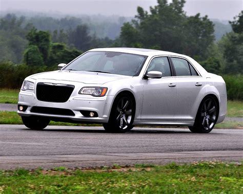 2011 Chrysler 300 Srt8 by Chrysler 300 Srt8 Specs Photos 2011 2012 2013 2014