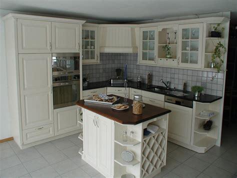 relooker sa cuisine en bois rnovation cuisine rustique dco cuisine relooking exemples