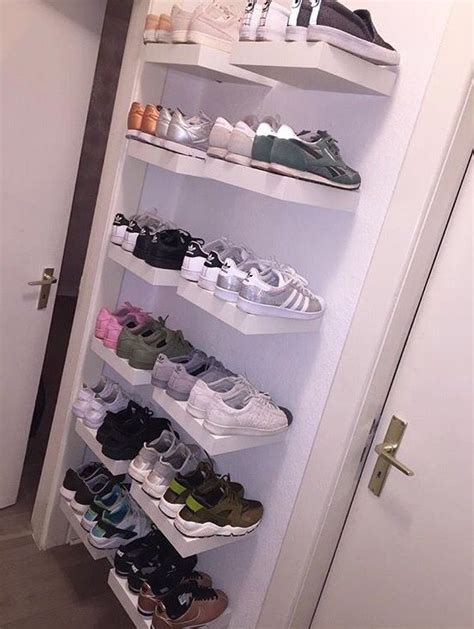 Shoe Rack Definition by 25 Best Ideas About Sneaker Storage On