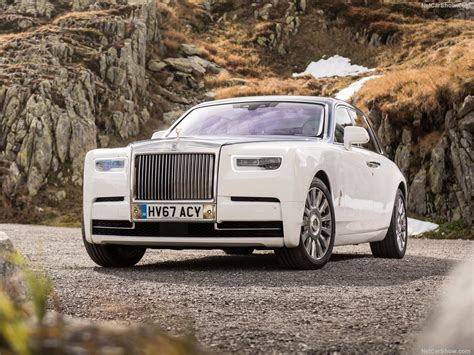 roll royce phantom 2018 2018 rolls royce phantom wallpapers pics pictures images