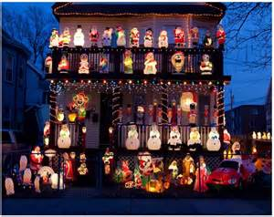 Cool christmas light displays santas and snowmen