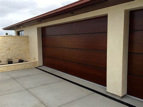 Modern Garage Doors Wood Garage Doors Garage Doors And Garage Door