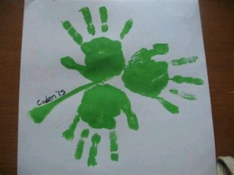 st patricks day kid crafts shamrock handprint craft st s day