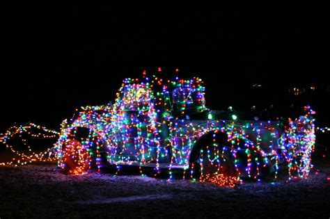 how to pick christmas lights lighting up the holidays in rural faribault minnesota