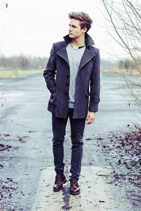 Style Ideas How To Wear Menswear Herringbone Second City Style Fashion by Stylish Wearing In Winter S Trench Coats