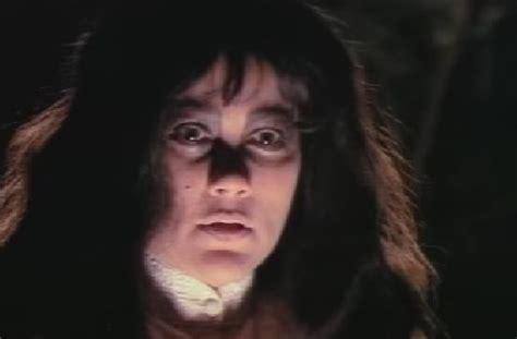 film hantu sundel bolong serba lima horor ini 5 film suzanna paling bikin
