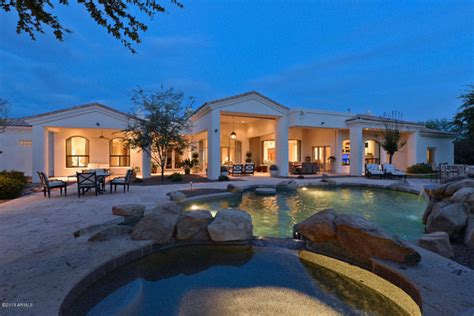 arizona house nhl great claude lemieux scores a sale in arizona