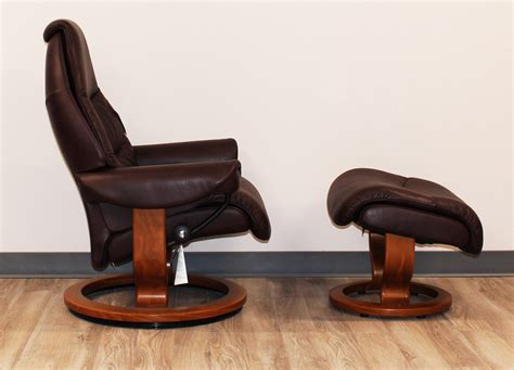 Ekornes Stressless Ottoman Stressless Voyager Premium Royalin Amarone Leather Recliner Chair And Ottoman By Ekornes