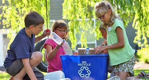 Imagenes Niños Reciclando | ense 241 ar a los ni 241 os a reciclar
