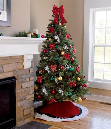 15 creative christmas tree decorating ideas