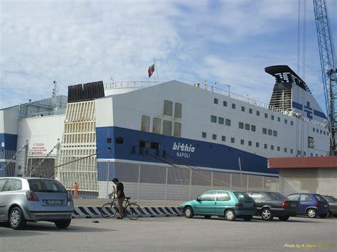 navi genova porto torres navi tirrenia bithia