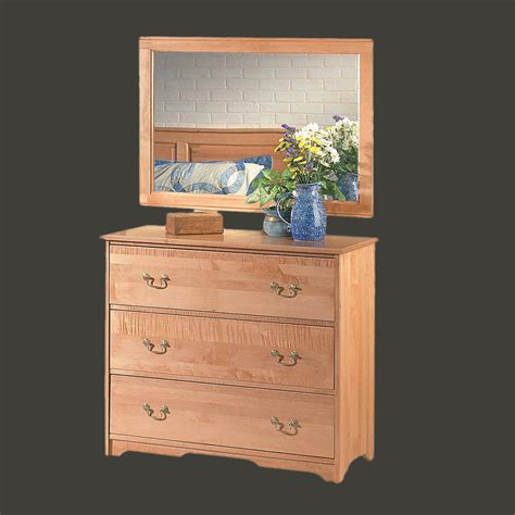 Light Maple Bedroom Furniture Drawer Chests Light Cherry Stain Maple 3 Drawer Dresser Chest