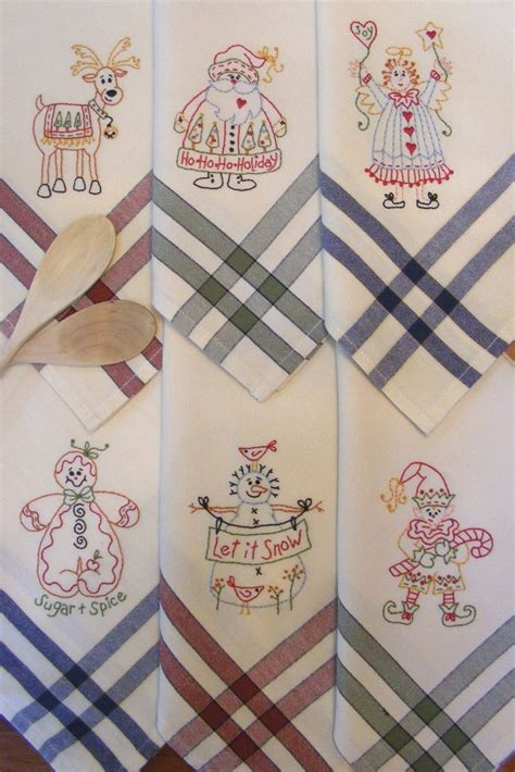 Kitchen Towel Embroidery Designs 17 Best Images About Tea Towel Embroidery On Tea Embroidery And Vintage