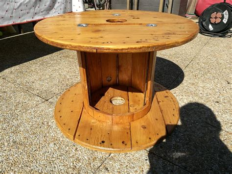 table basse avec touret bois wraste