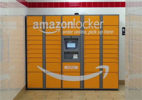 amazon locker amazon lockers now accept returns ubergizmo