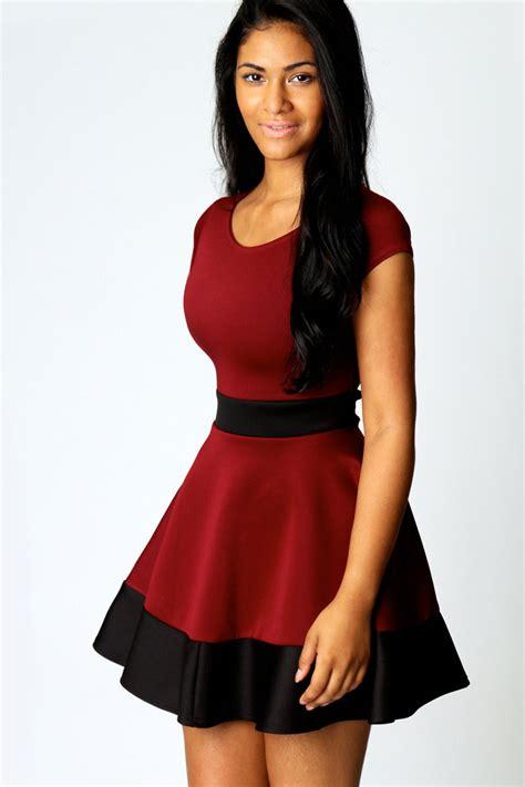 Colour Block Dresses by Boohoo Womens Colour Block Sleeve Hip