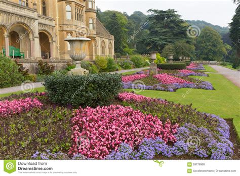 imagenes jardines bonitos pequeños beautiful flower gardens at tyntesfield house near bristol
