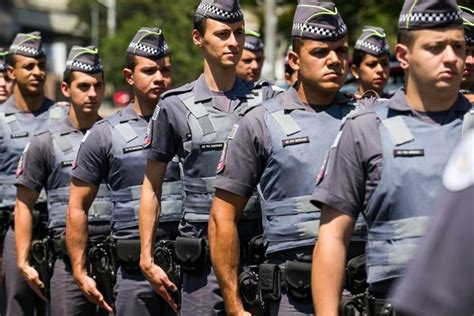 policia militar de sao paulo pol 237 cia militar de s 227 o paulo lan 231 a concurso com 2 700 vagas