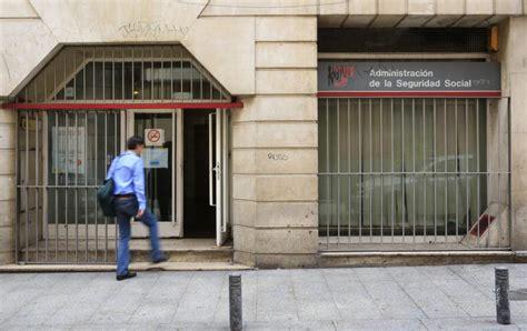 oficinas de seguridad social en madrid las oficinas madrile 241 as de la seguridad social pierden el