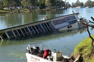 paddle boats history sunken paddle boat avoca becomes murray river tourist