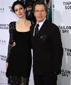 tinker tailor soldier spy gary oldman s young wife is racy in lace at la premiere daily