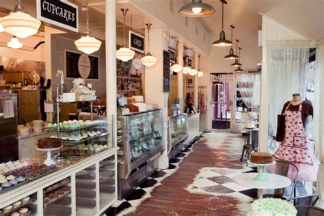 the magnolia store upper west side magnolia bakery
