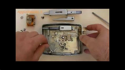 smontaggio serratura porta blindata serratura elettrica smontaggio e lubrificazione