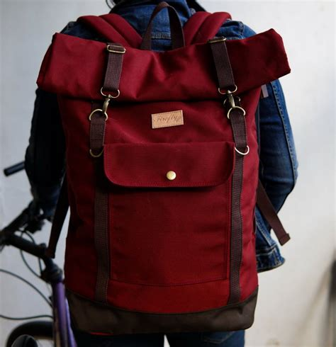 Tas Backpack Lomberg Canvas Maroon tas travel backpack maroon mall indonesia