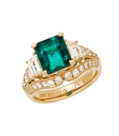 Emerald Cut 5.15Ct Colombian Emerald Diamond Ring 18Kt   Amoro