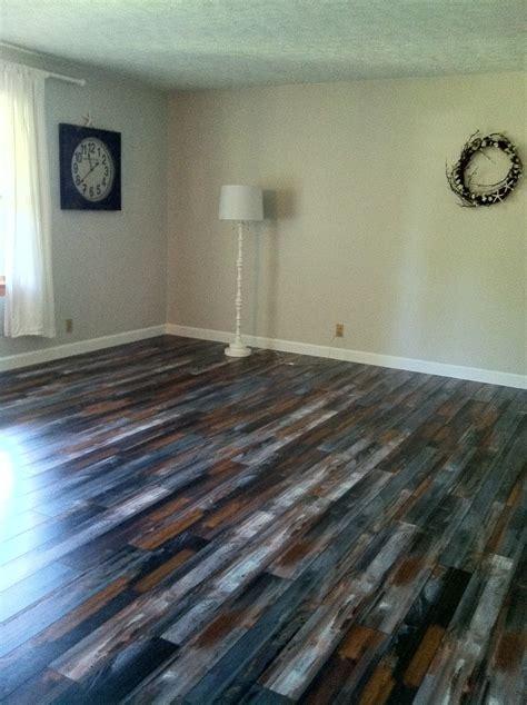 Pergo Max Floor soooooooooooo cool! :)   New House Plans