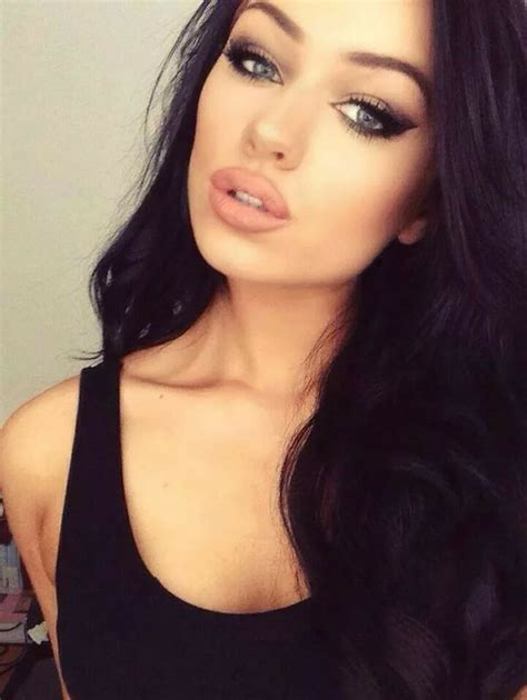 girl with black hair blue eyes untitled image 2223820 by saaabrina on favim com
