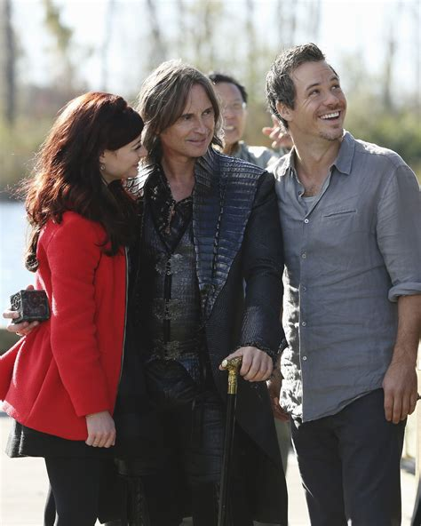 by rob swinson funcionrio de neverland once upon a time episode 3 10 the new neverland once