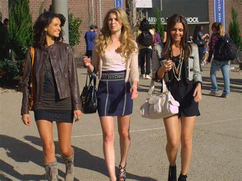 Gamis Fashion Chanel the lying fashion the fashion spot
